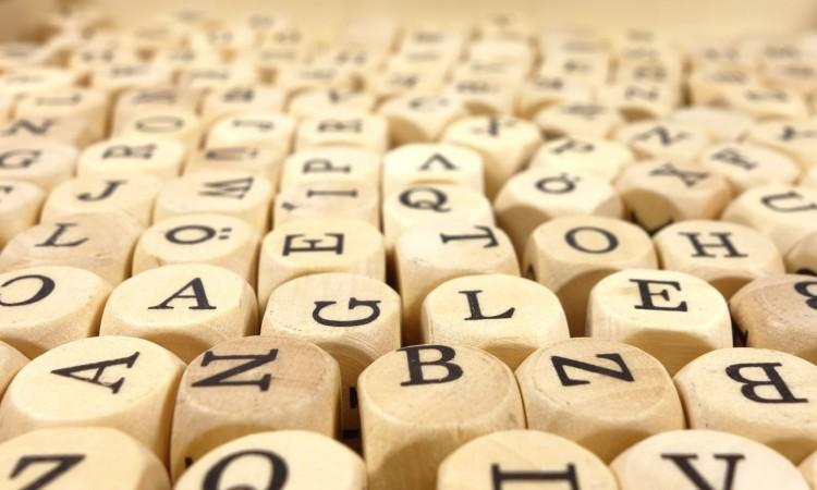 Künstliche Intelligenz und Menschliche Sprache